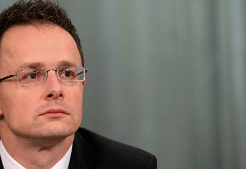 Глава МИД Венгрии обвинил ЕС в лицемерии