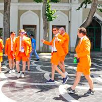 """Иностранные гости Формулы 1 восхищаются красотой Баку <span class=""""color_red"""">- ФОТОСЕССИЯ</span>"""