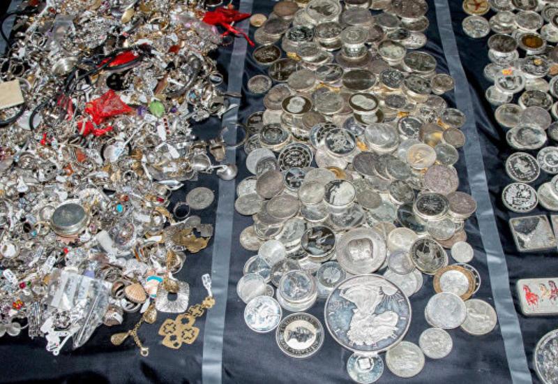 "Полиция изъяла у преступников 700 кг драгоценностей <span class=""color_red""> - в Греции - ФОТО</span>"