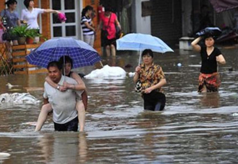 В Китае дожди убили 28 человек