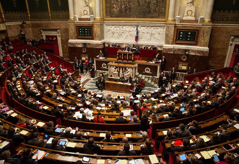 В парламент Франции избрано рекордное число политиков-новичков