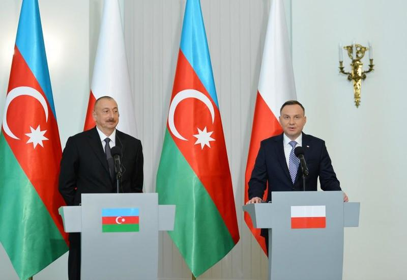 Президент Анджей Дуда: Польша поддерживает урегулирование карабахского конфликта в рамках территориальной целостности Азербайджана