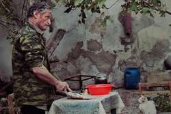 Тающий остров азербайджанский фильм видео, официантка ворониных