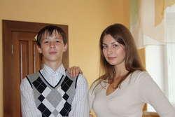 Молодая учительница в чулках соблазнила мальчика
