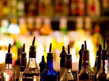 Президент Ирака призвал пересмотреть закон о запрете продажи алкоголя