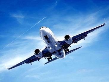 Самолет Путина с россиянами вылетел из Киева