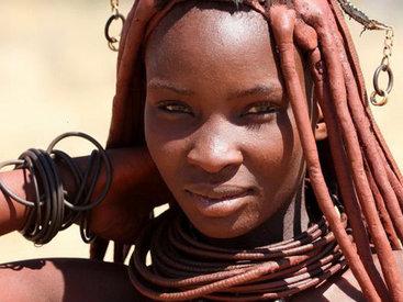 Экзотика по-африкански: топлес-выставка женской красоты без табу - ФОТО