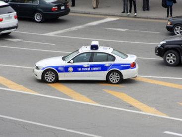 Yol polisi əməkdaşını avtomobil vurub