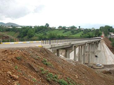 """В Шеки строится новый мост <span class=""""color_red""""> – ПОДРОБНО</span>"""