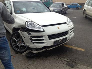 В Губе столкнулись Porsche Cayenne и ВАЗ – ФОТО