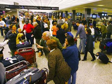 В аэропорту Бостона произошел пожар