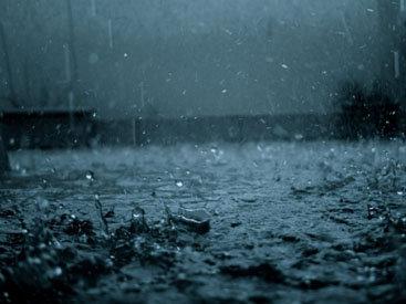 ЧП в Париже: сильные дожди заблокировали город