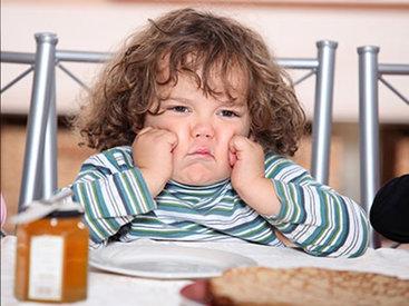 Как правильно кормить детей - эксперты расскажут
