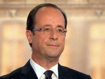 Франсуа Олланд поздравил Президента Ильхама Алиева с Днем Республики
