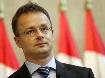 Глава МИД Венгрии обрушился с критикой на ЕС