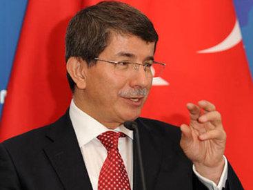 Премьер Турции назвал причину обстрела авиабазы на севере Алеппо