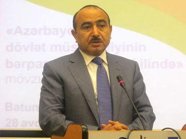 Али Гасанов: Заявления Азербайджана о праве освободить свои земли любым путем сталкиваются с протестом сил, имитирующих урегулирование