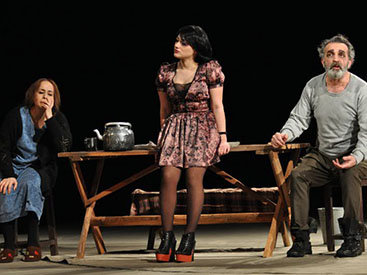 Gənc Tamaşaçılar Teatrının 86-cı mövsümü açıldı – FOTO