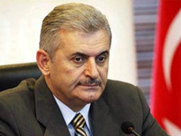 Премьер Турции поручил создать кризисный центр в связи с терактом