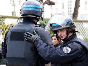 В Париже произошли столкновения протестующих с полицией
