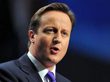 """Экс-премьера Великобритании раскритиковали за покупку носков без очереди <span class=""""color_red"""">- ВИДЕО</span>"""