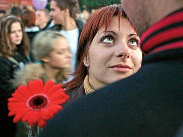 В Вене запретили целоваться в метро