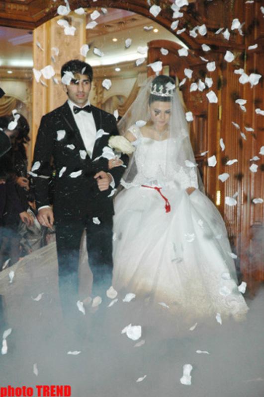 Что можно на аукцион на свадьбе