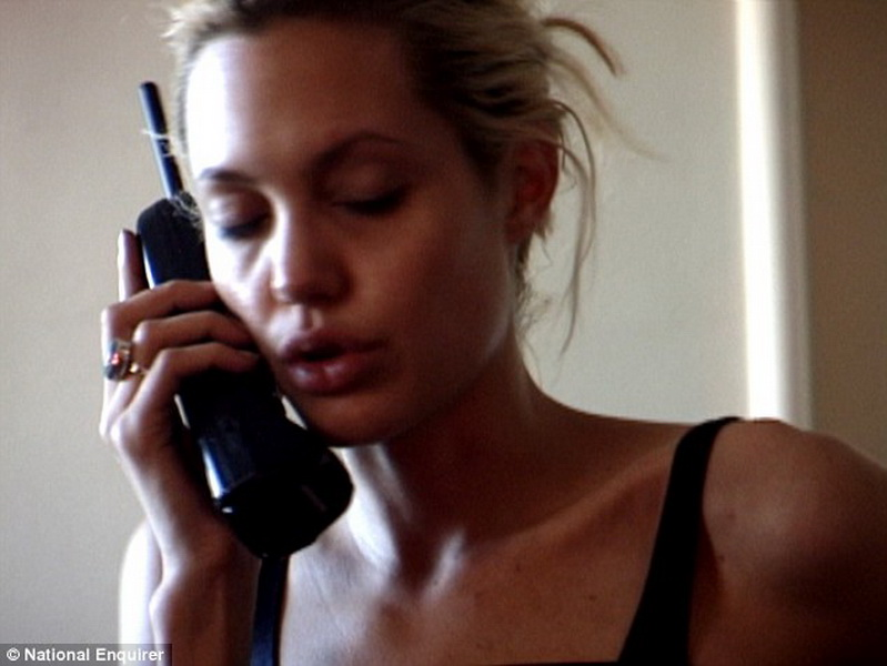 Слитое Видео Анджелины Джоли Телеграмм