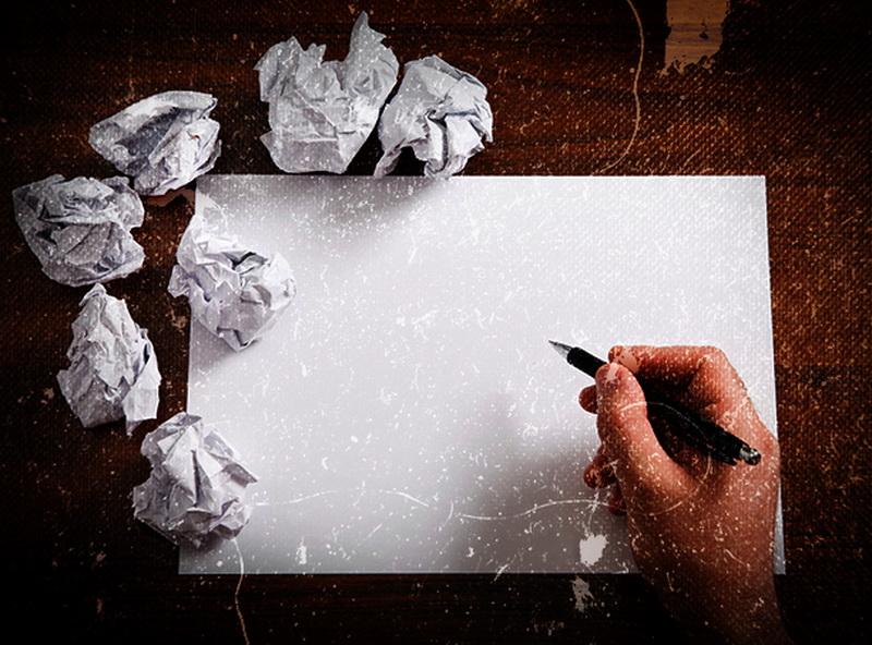 Для конкурса нужен лист бумаги и ручка