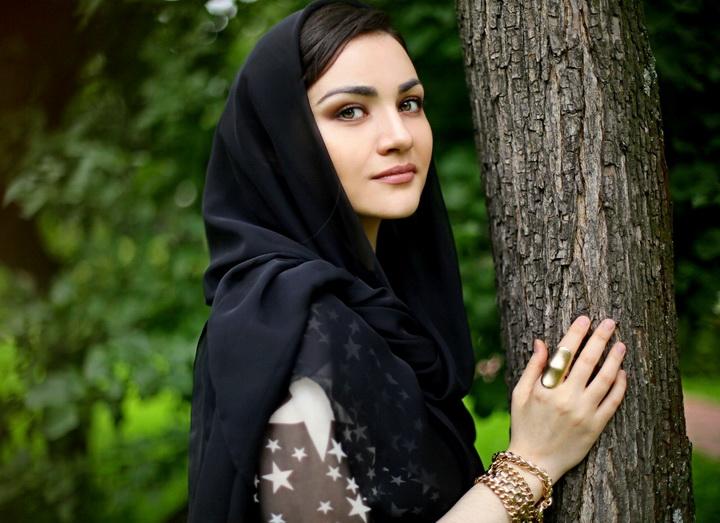 ролики чеченские девки гуляют