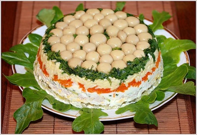 Красивые салаты с шампиньонами фото