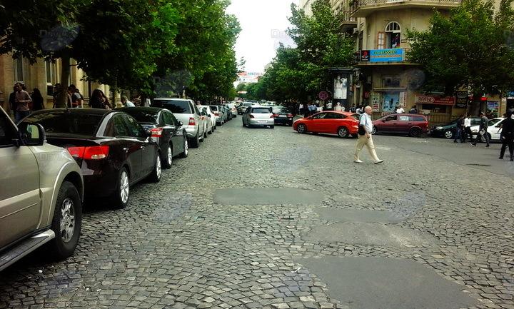 В центре Баку разгоняют захватчиков дорог – РЕПОРТАЖ – ФОТО