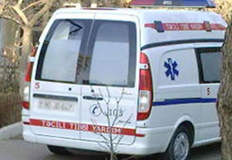 """Ağdaşda faciə: <span class=""""color_red"""">iki bacı öldü, ata və oğul ağır yaralandı</span>"""