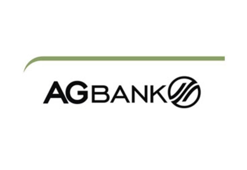 Liderliyi qoruyub saxlayan AGBank