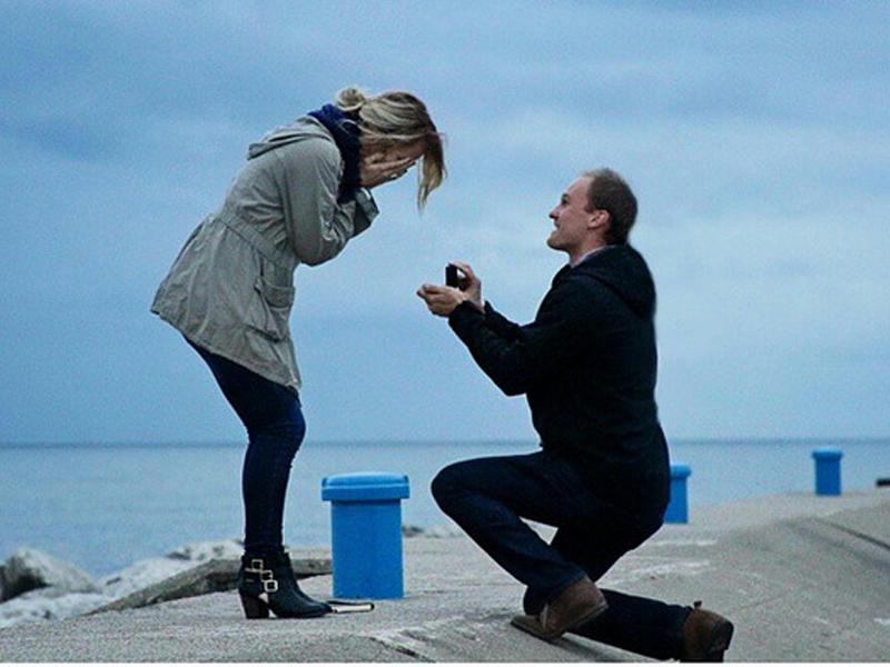 Как сделать девушке предложение на улице