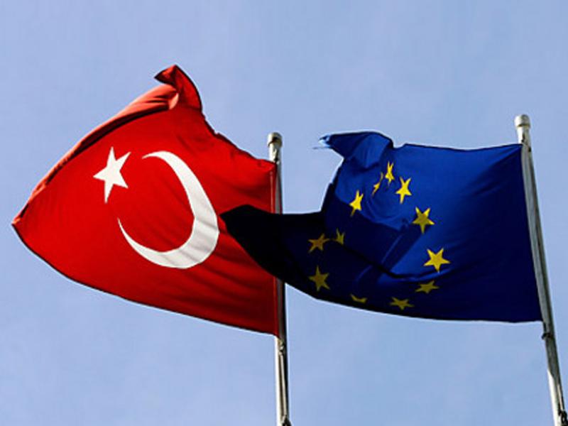 Европарламент остановил работу поотмене виз сТурцией