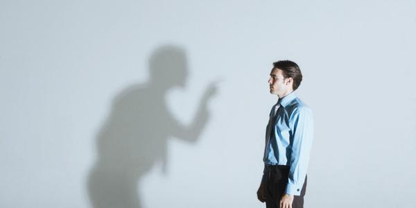 расскажите о своих поступках или о поступках своих знакомых 9 признаков нарцисса: от здоровой заботы о своих интересах до ...