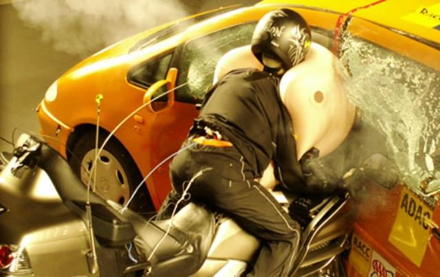 Подушка безопасности для мотоциклиста