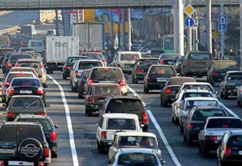 """Въехать в город не могут даже бакинские водители <span class=""""color_red"""">– РЕПЛИКА – ФОТО</span>"""