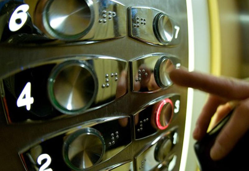 В Сумгайыте заменят лифты в многоквартирных зданиях