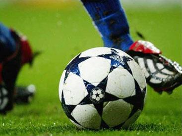 Проходят матчи Симург - Араз-Нахчыван и АЗАЛ - Бакы