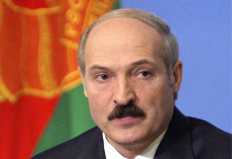 Лукашенко наградил первого вице-премьера Азербайджана
