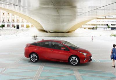 Новая Toyota Prius идет на рекорд - ФОТО