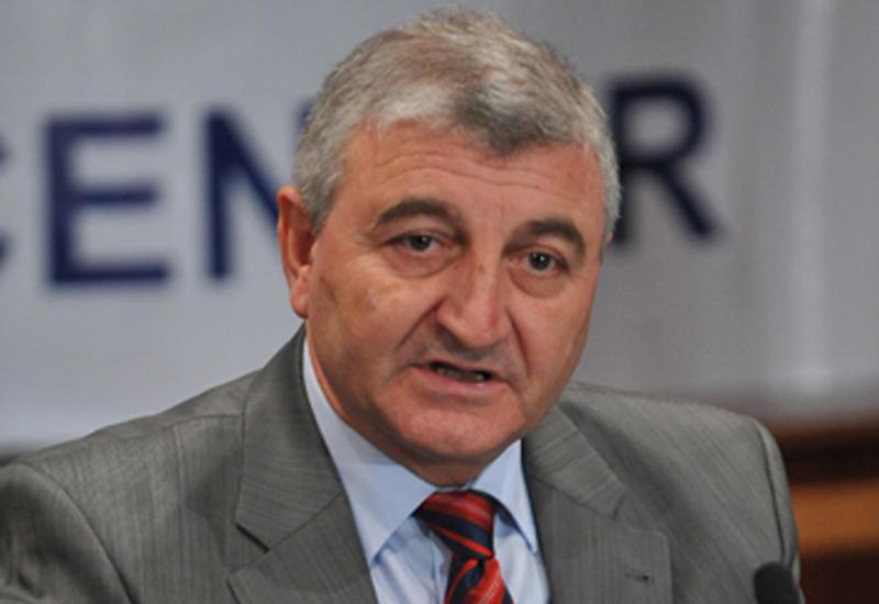 Для участия в парламентских выборах в Азербайджане зарегистрированы 1560 кандидатов