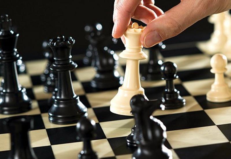 Шахматисты Азербайджана идут вторыми, шахматистки - вне первой десятки