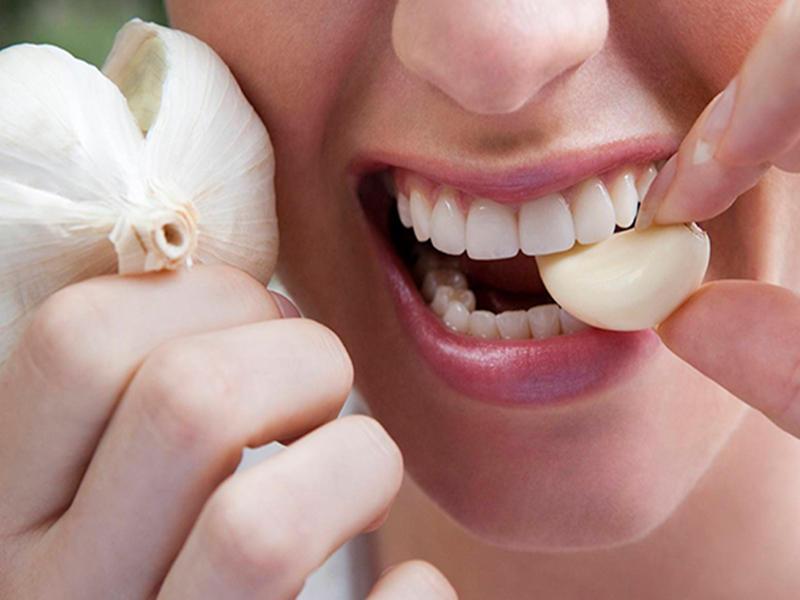 Как употреблять чеснок без вреда для здоровья