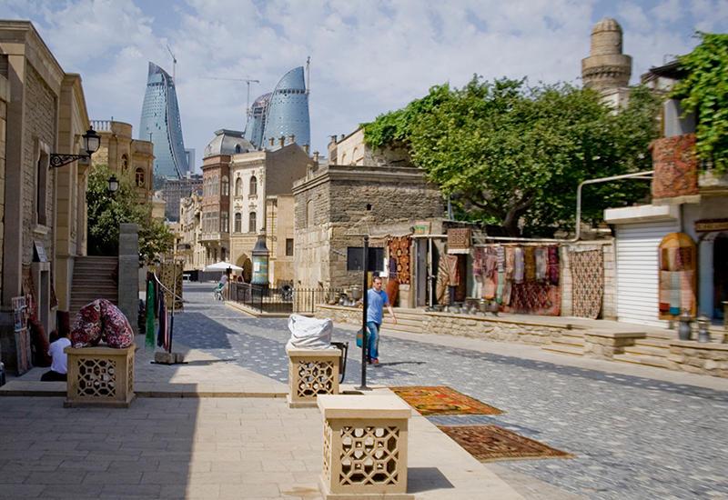 Как недорого отдохнуть туристу в Баку