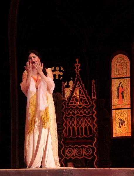 Великолепная «Тоска» на сцене Театра оперы и балета