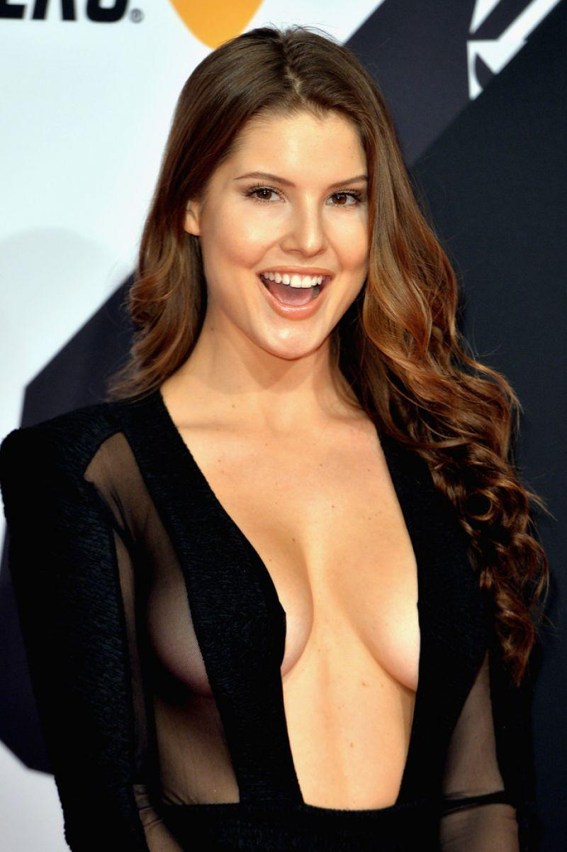 Nude pictures of female celebrities