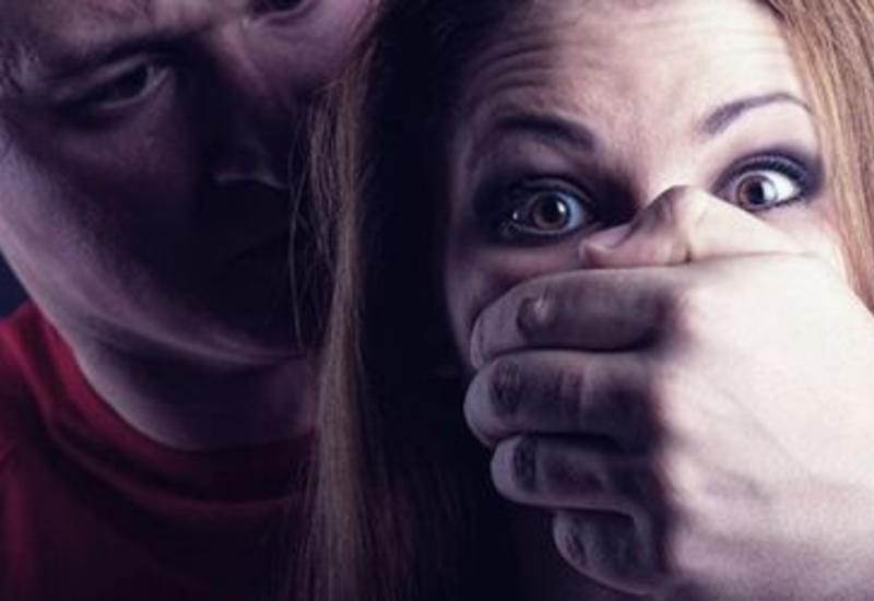 Девушка до смерти забила мужчину, пытавшегося ее изнасиловать